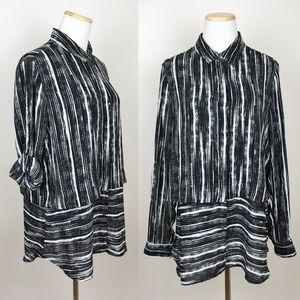 BANANA REPUBLIC Career Blouse Black White Stripe